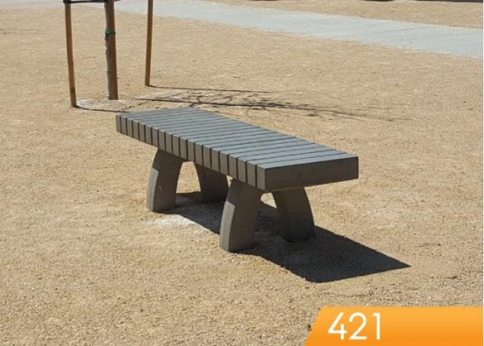 421 - Bench w/lines, 72