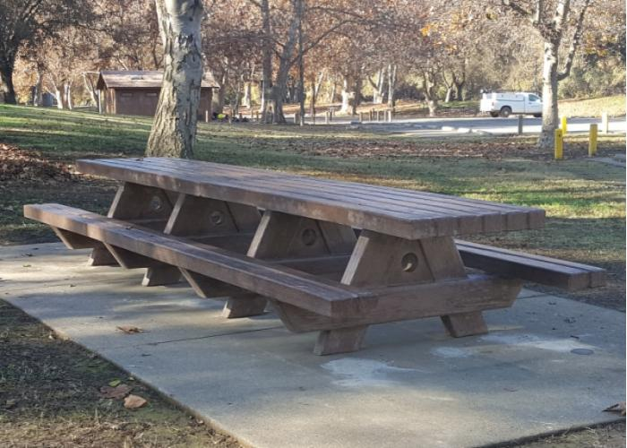 Outdoor CreationsPicnic TablesRectangle Tables - 96 picnic table