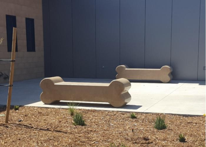 499 - Dog Bone Bench